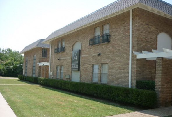 Quarter Denton College Apartment Source