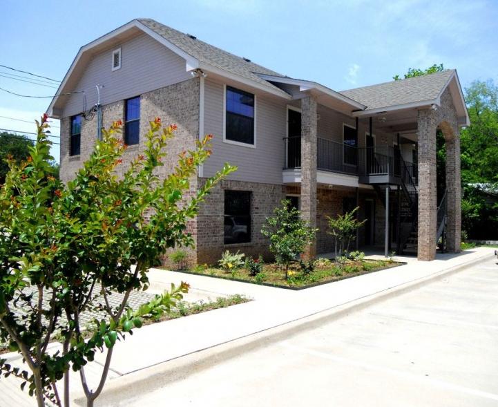 Sunset Place Denton College Apartment Source