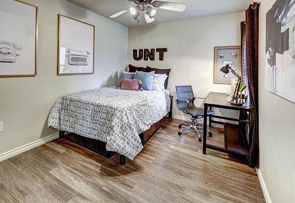 690-34-Bedroom-Gallery